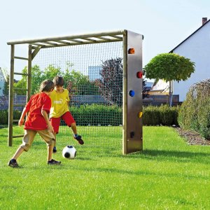 Fußballtore aus Holz für den Garten - Bekletterbares Fußballtor aus Rundholz