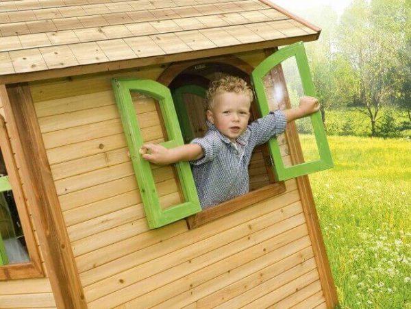 Spielhaus Julia mit Fenster
