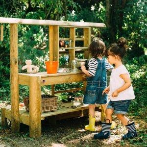 Matschküche von Plum für den Garten