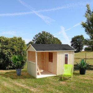 Kinderspielhaus Cyrielle mit Überdachung für den Garten